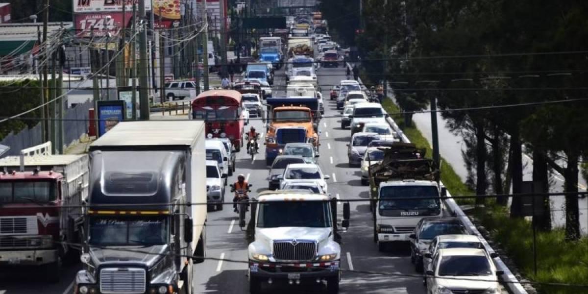 Mantendrán restricción en horario para transporte pesado