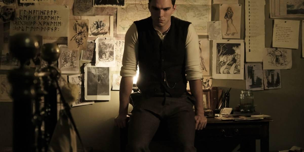Filme 'Tolkien' foca em juventude de autor de 'O Senhor dos Anéis'