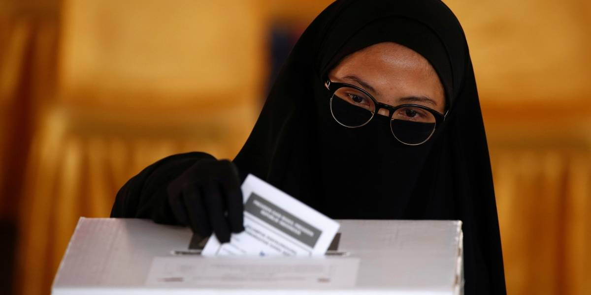 Indonésia tem mais de 270 mortos por exaustão durante contagem manual de votos nas eleições