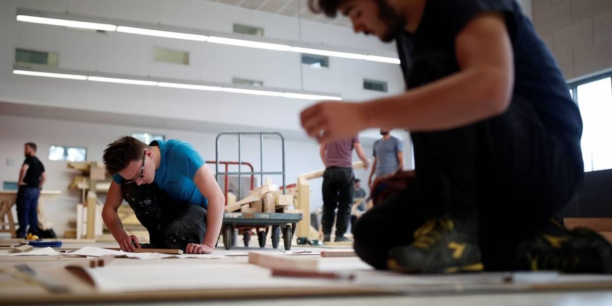 França corre para treinar artesãos para reconstruir Catedral de Notre-Dame