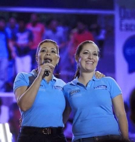 Alejandra Carrillo y Roxana Baldetti