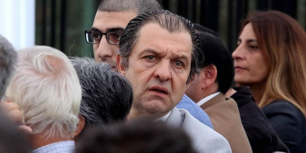 """El """"error"""" de Mosa con Mayne-Nicholls que retrasó la Junta de Accionistas de Blanco y Negro"""