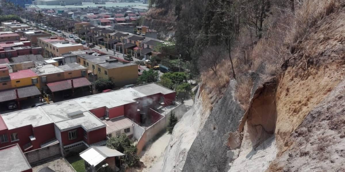 Verifican área afectada por deslizamiento en Villa Nueva