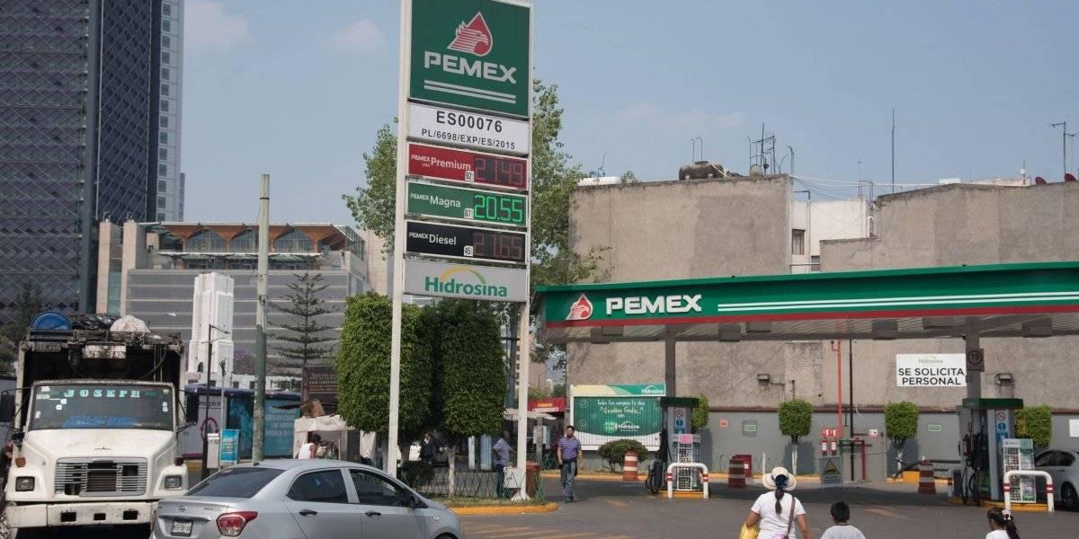 Multa Gobierno a 12 gasolineras por negarse a revisión