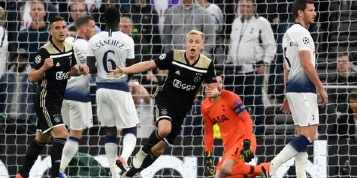 Ajax gana en Inglaterra y hoy juega Barcelona en Champions League