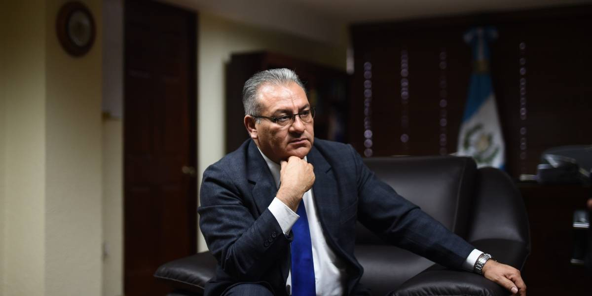 """""""Están preparando el terreno para que cuando dejen el cargo no sean perseguidos"""", Bonerge Mejía, presidente de la CC"""