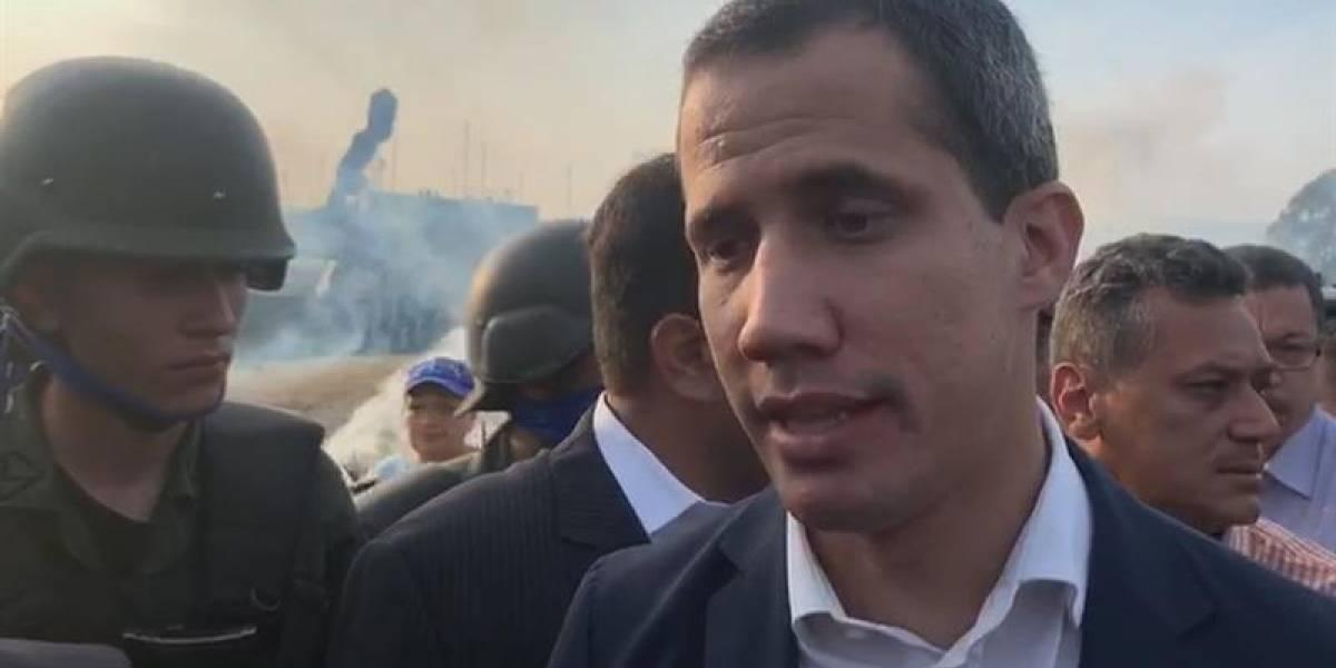 """Maduro reabrió frontera con Colombia por """"presión"""" ciudadana: Guaidó"""