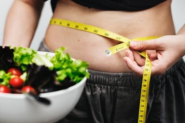 como bajar de peso rapidamente natural