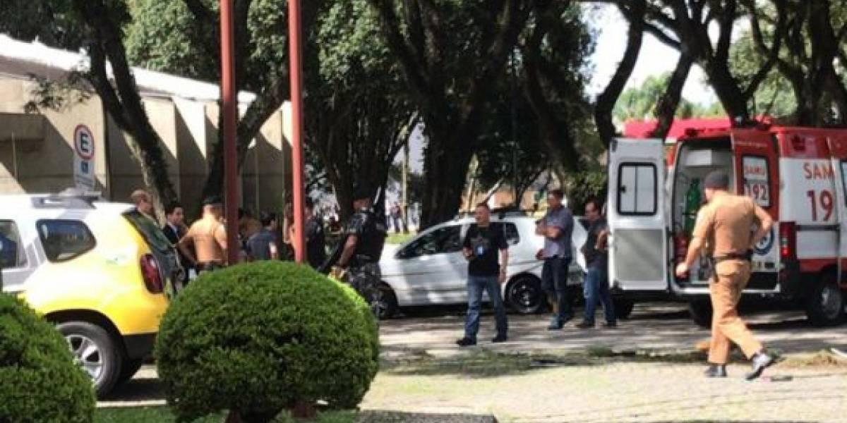 Homem morre baleado dentro do campus de universidade de Curitiba
