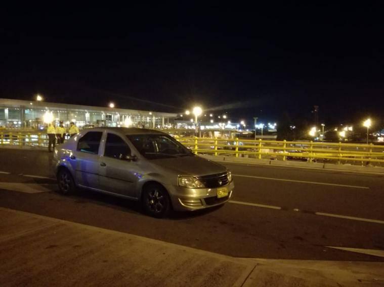Policía colombiana disparó contra conductor de Uber en el aeropuerto de Bogotá
