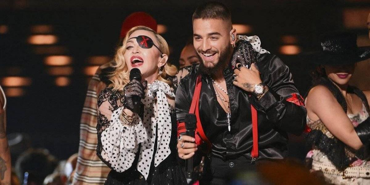 Video: Maluma nalguea a Madonna durante su presentación en los Billboard