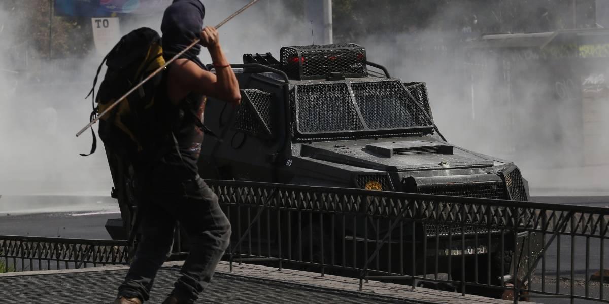 """Balance """"Día del Trabajador"""": 31 detenidos y 25 carabineros con diversas lesiones"""