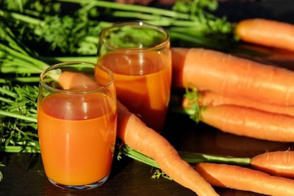 beneficios del zumo de zanahoria para la piel