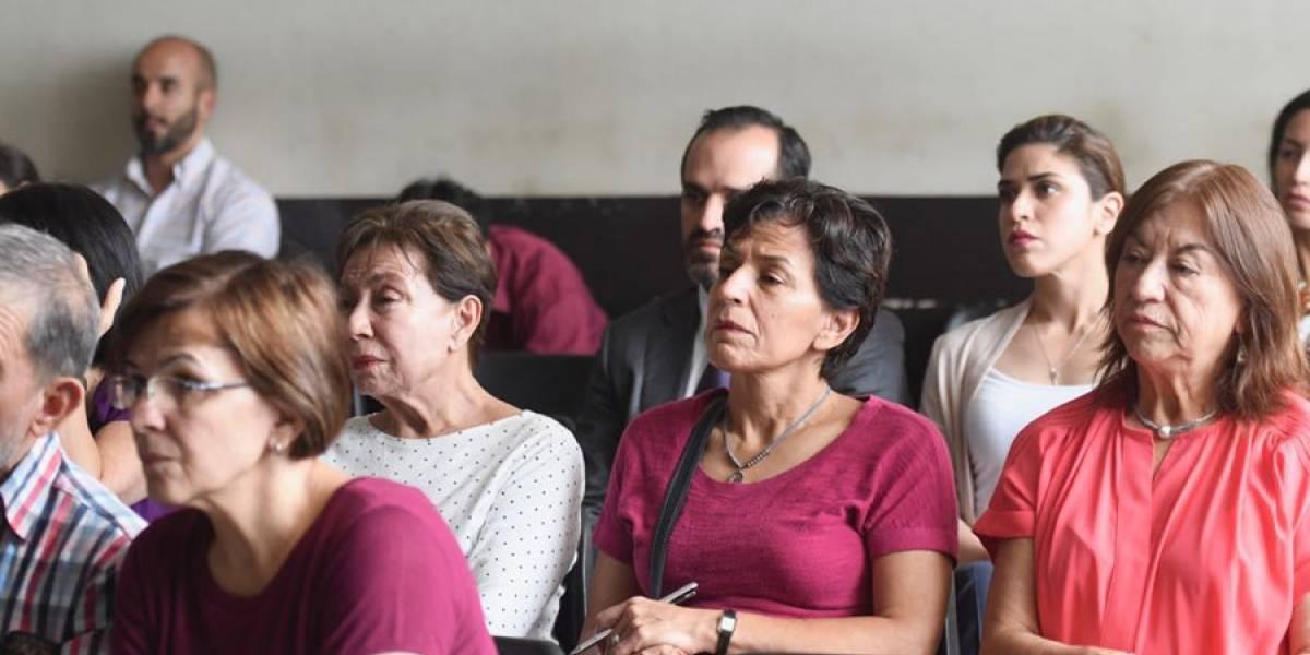 Denuncian que hermana y madre de Roberto Barreda agredieron a tía de Cristina Siekavizza