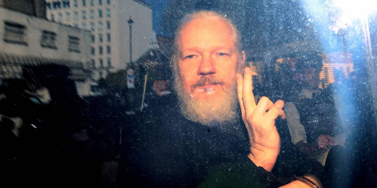 Julian Assange, condenado a 50 semanas de cárcel por un tribunal en Londres