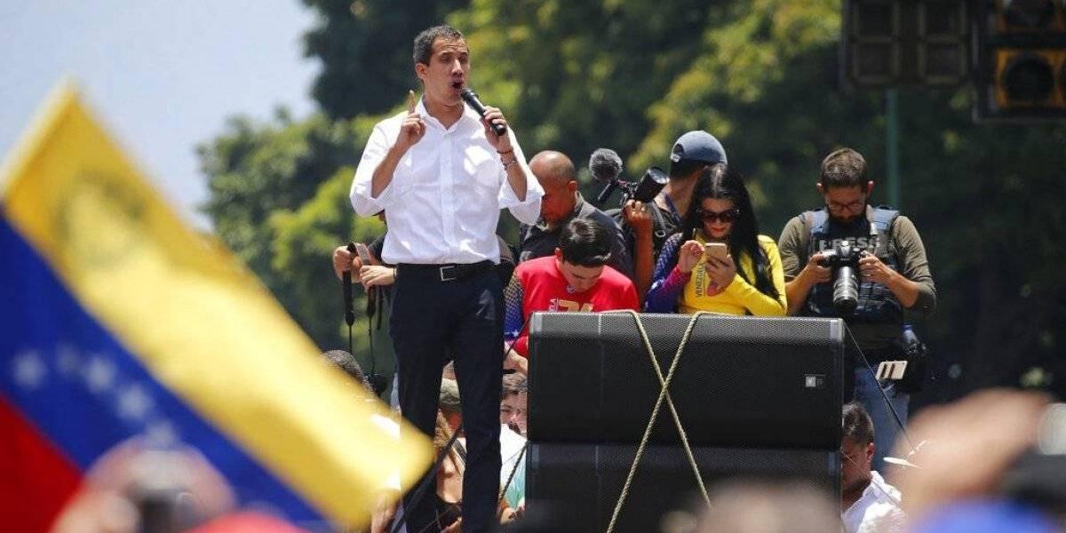Guaidó reaparece en nueva jornada de protesta tras fallido alzamiento contra Maduro en Venezuela