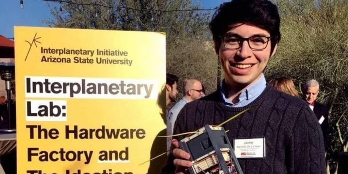 Conozcan al ingeniero mexicano que creó un nanosatélite para la NASA