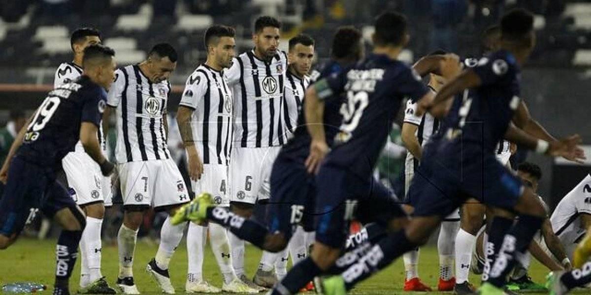 Delfín se sumó al festejo de la UC de Ecuador tras papelón de Colo Colo en la Sudamericana