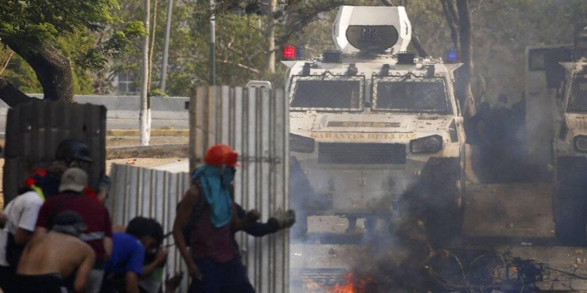 Venezuela espera nueva jornada de protestas tras fallido alzamiento militar contra Maduro