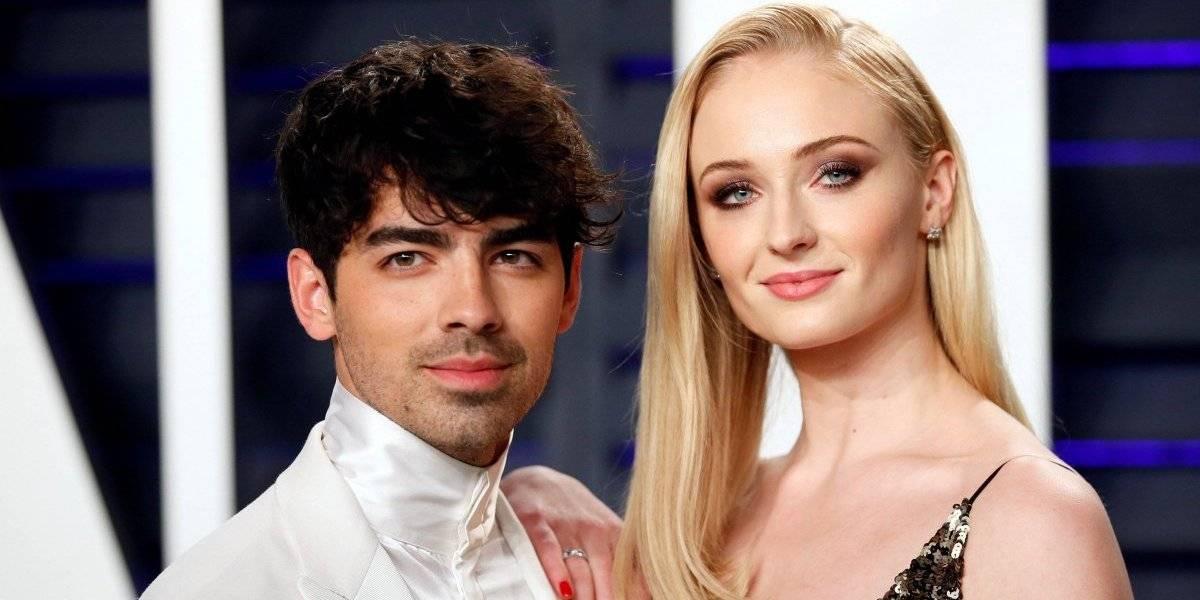 Joe Jonas e Sophie Turner se casam em cerimônia na cidade de Las Vegas