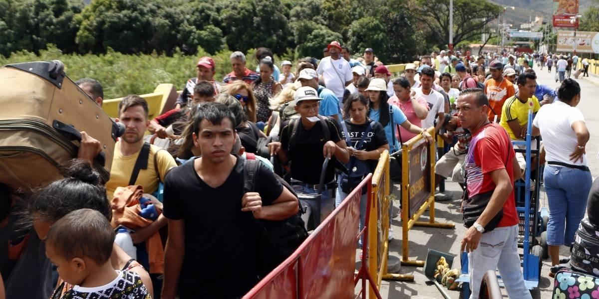La ayuda que Colombia pide para frenar crisis migratoria de Venezuela