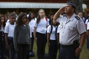 Policía escuelas de Brasil
