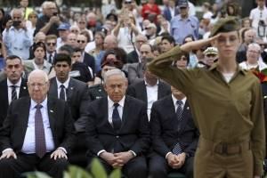 Ceremonia oficial en recuerdo a las víctima del Holocausto