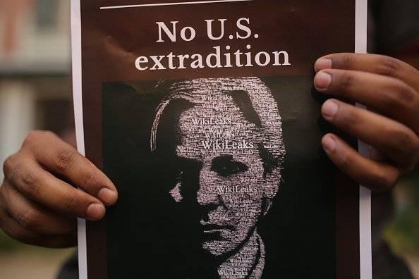 Ecuador entregará a Estados Unidos las pertenencias de Assange