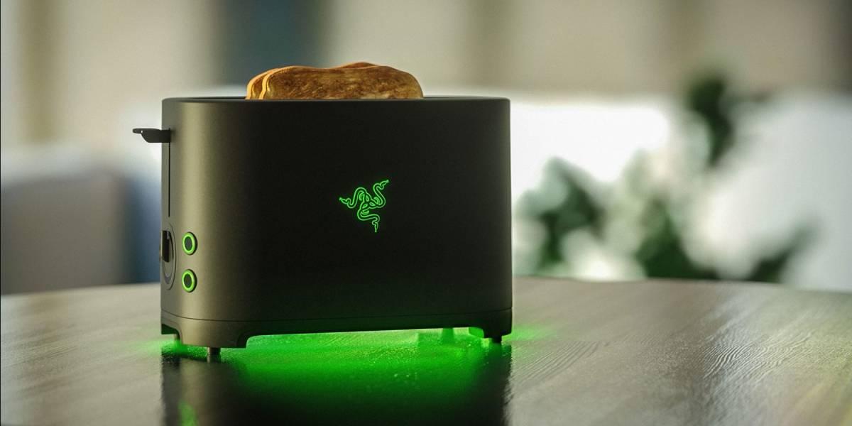 """No es broma: Razer hará su propia tostadora de pan, la """"Razer Toaster"""""""