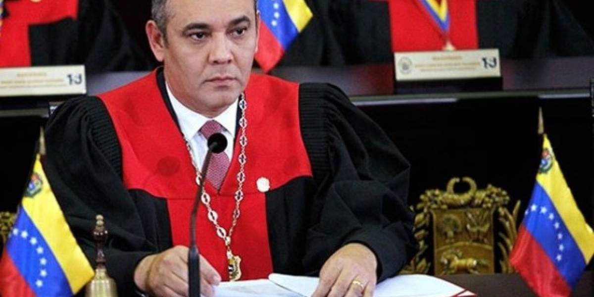 Asesinato, destitución, amenazas y corrupción: el otro currículum de Maikel Moreno