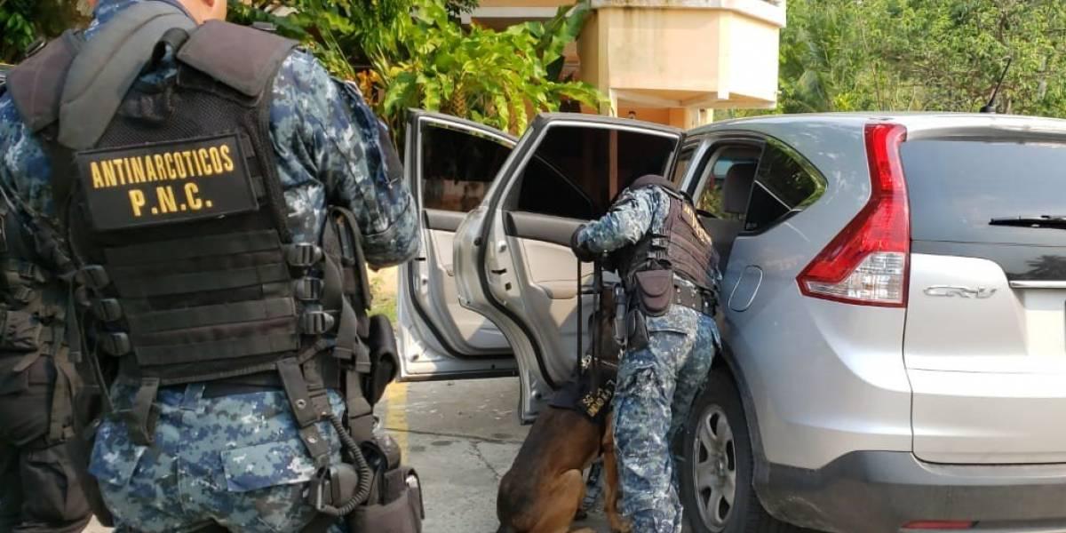 PNC localiza 120 paquetes de cocaína en Izabal