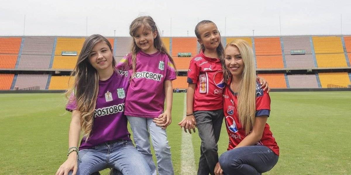 Las mujeres le ganan terreno al machismo en las barras de fútbol de Medellín