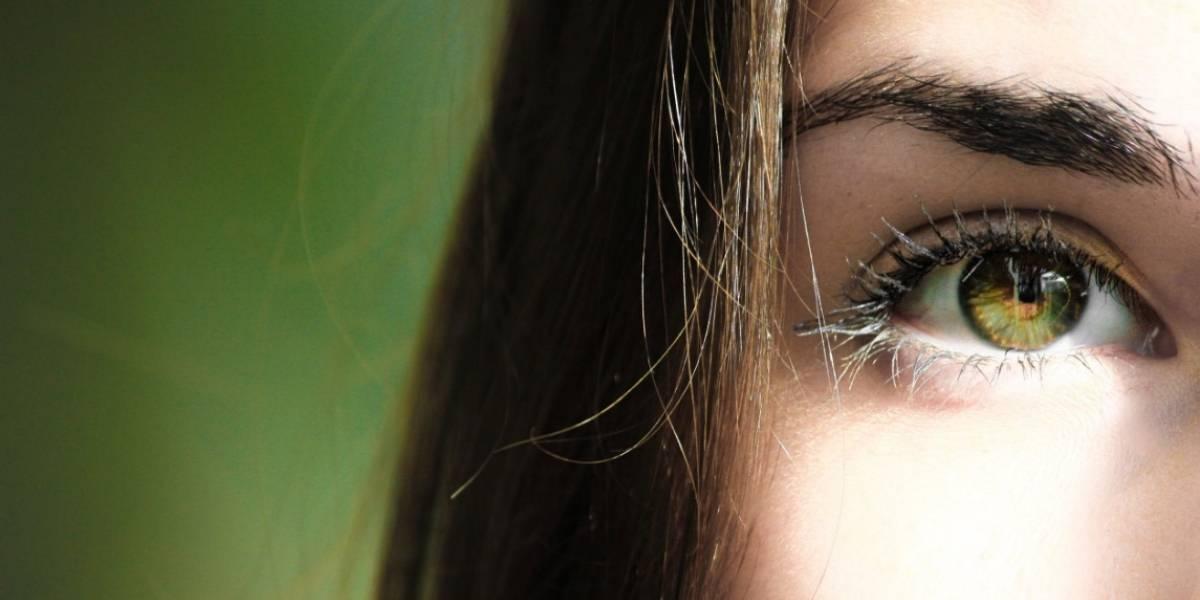 ¿Por qué me tiembla el párpado del ojo?