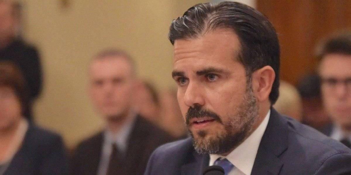 Rosselló entrega presupuesto revisado a la Junta de Control Fiscal