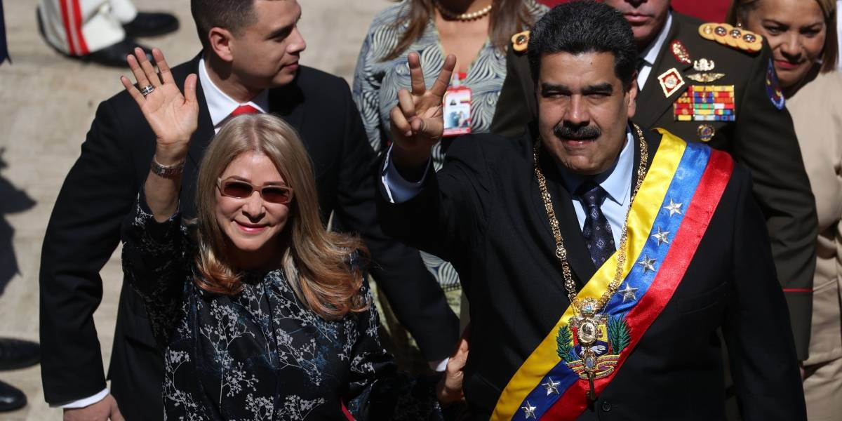 ¿Envió Maduro a su esposa a Punta Cana en medio de las protestas en Venezuela?