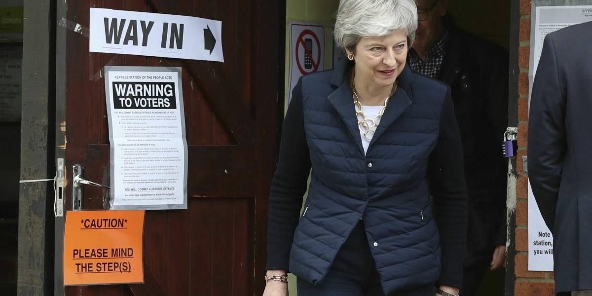 """Conservadores y laboristas castigados por el """"brexit"""" en elecciones locales"""