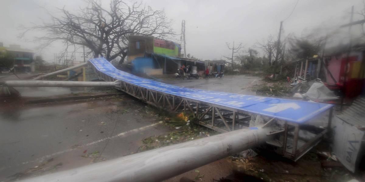 El más fuerte para India en 20 años: el monstruoso ciclón Fani descarga su ira con rachas de viento de hasta 205 kilómetros por hora