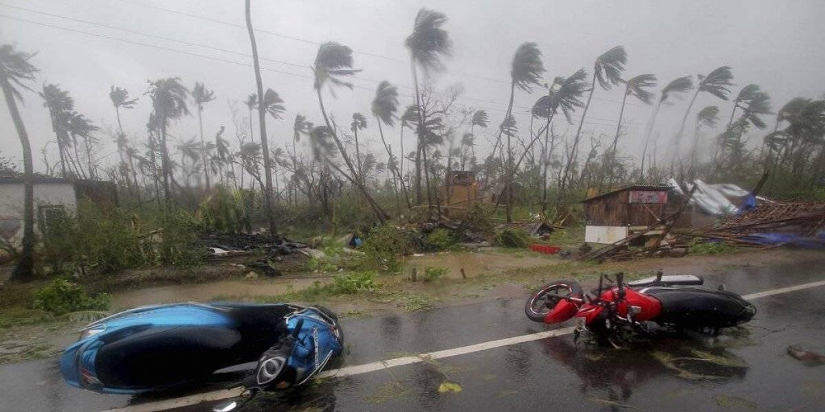 Desalojan 1.2 millones de personas en India por llegada del ciclón Fani