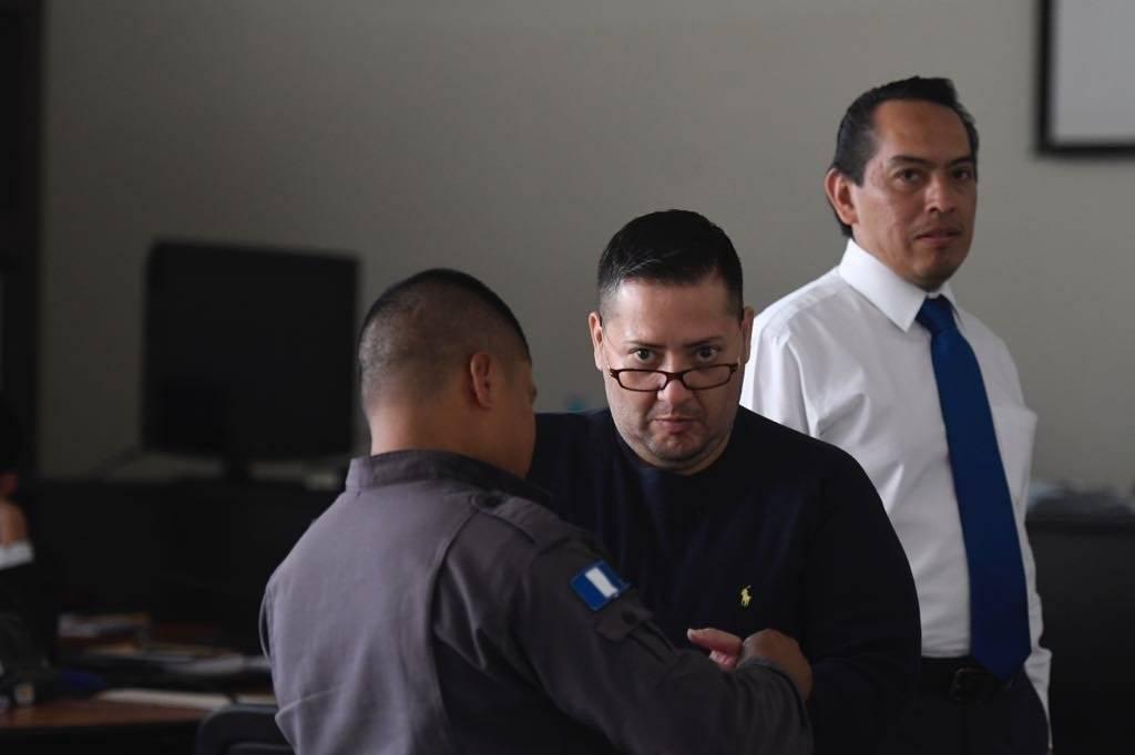 Dos son acusados por contrabando de gasolina. Foto: Omar Solís