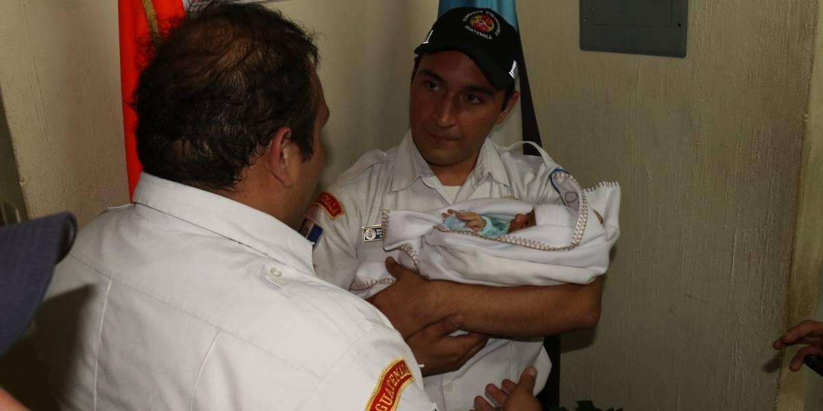 Abandonan a bebé en la estación central de Bomberos Voluntarios