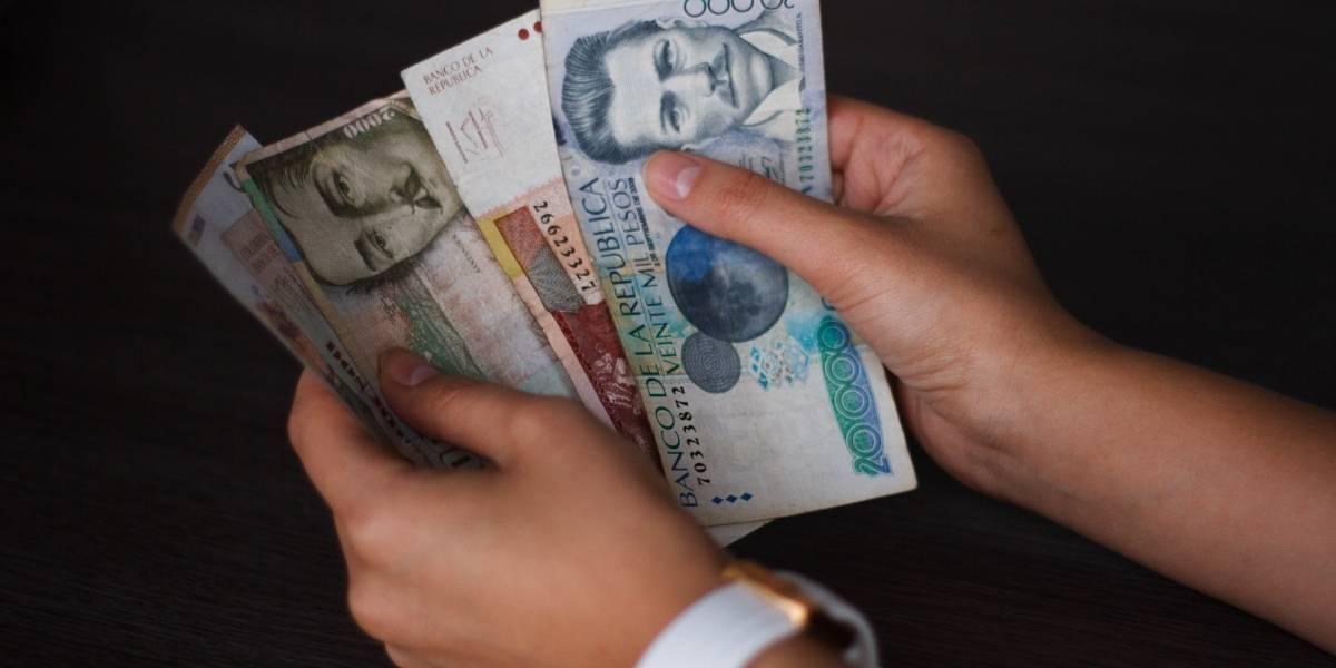 ¡De aplaudir! Vigilante se encontró gran suma de dinero y la devolvió a su dueño