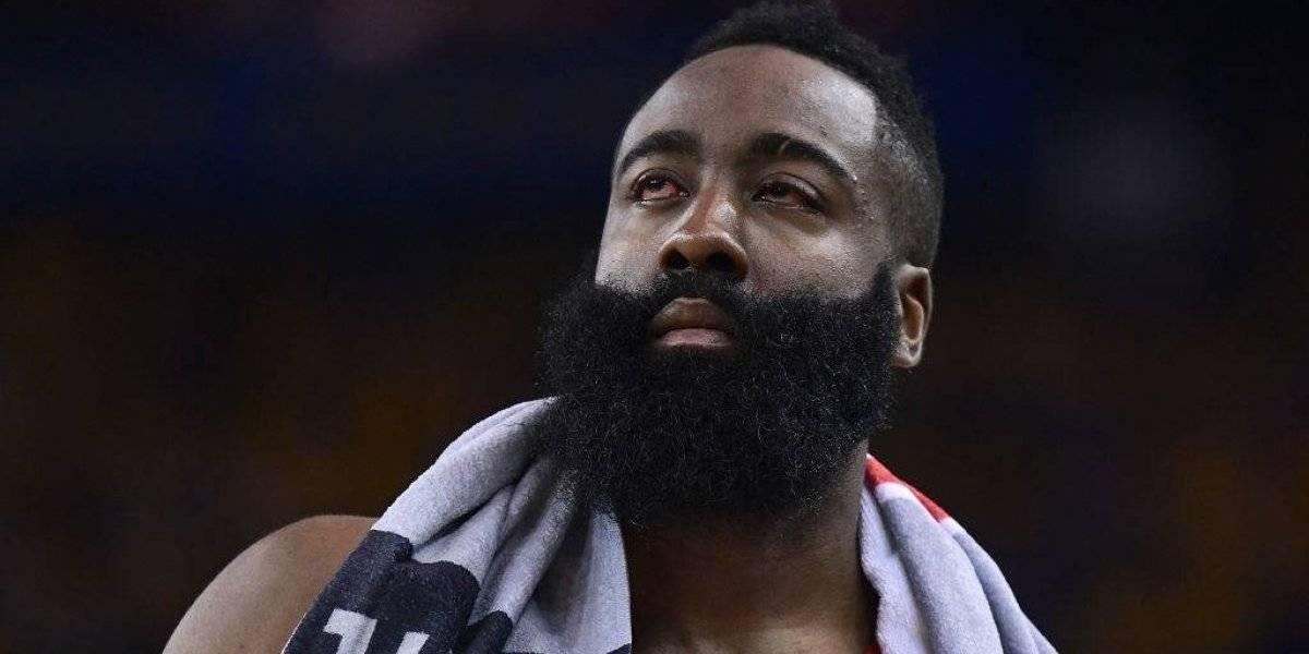 Harden estará en tercer juego ante Warriors a pesar de lesión en ojos