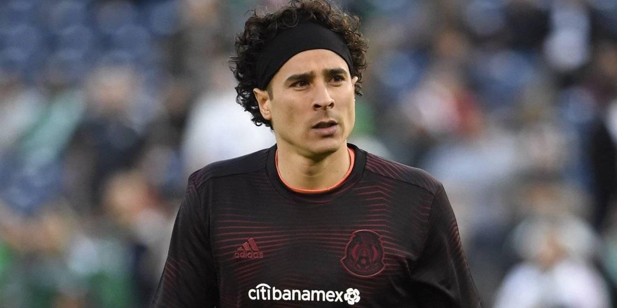 Memo Ochoa sería opción para el Porto tras infarto de Iker Casillas