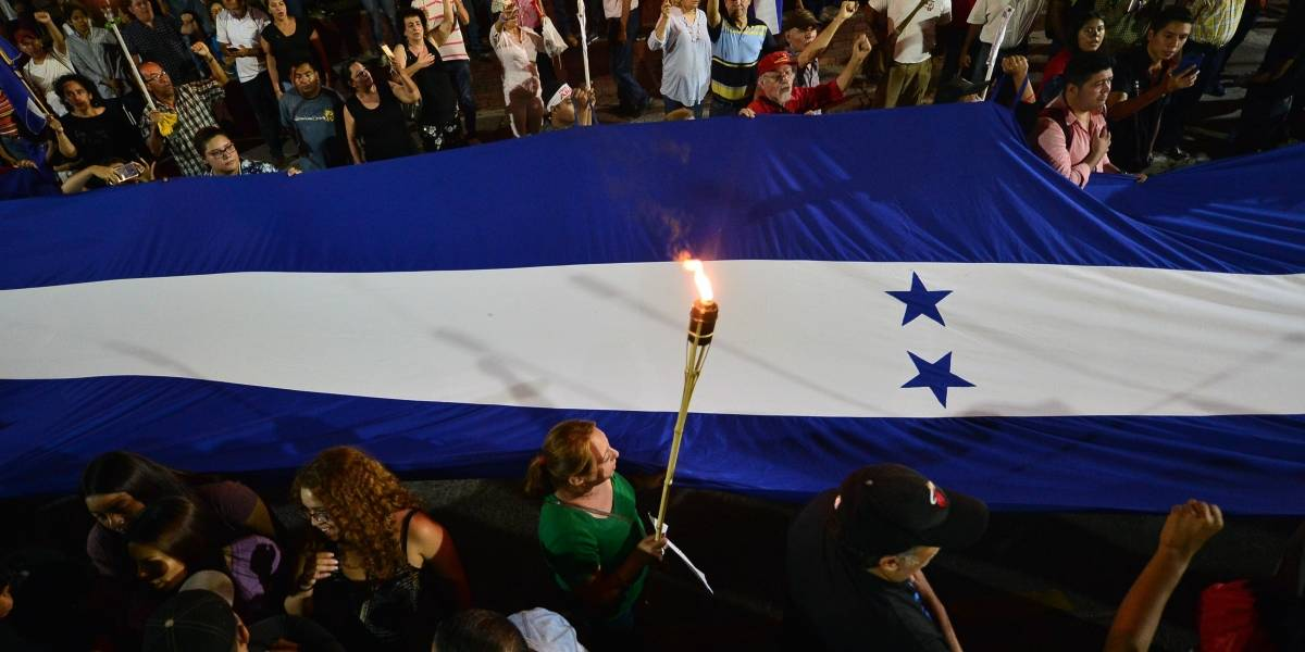 Honduras firma acuerdo de asilo a migrantes con Estados Unidos