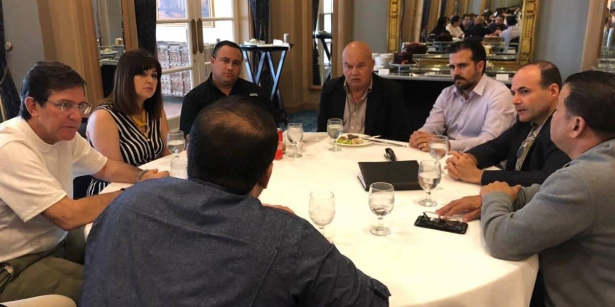 Gobernador se reúne con alcalde de Fajardo para discutir problemáticas en área de seguridad
