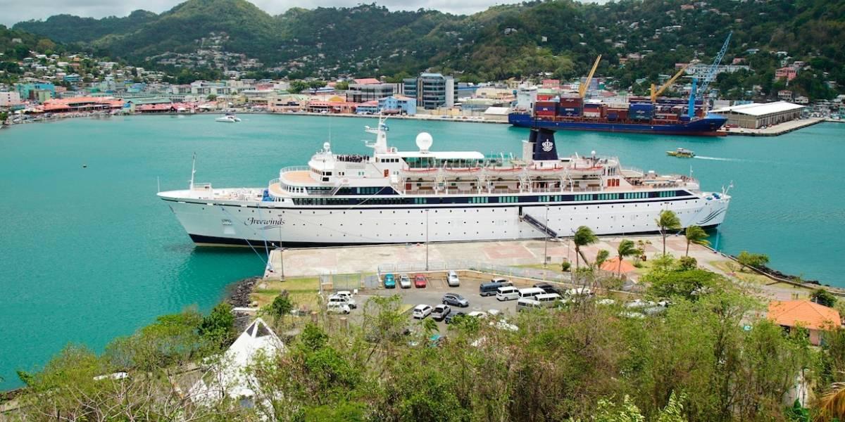 Funcionarios abordan crucero en cuarentena por sarampión