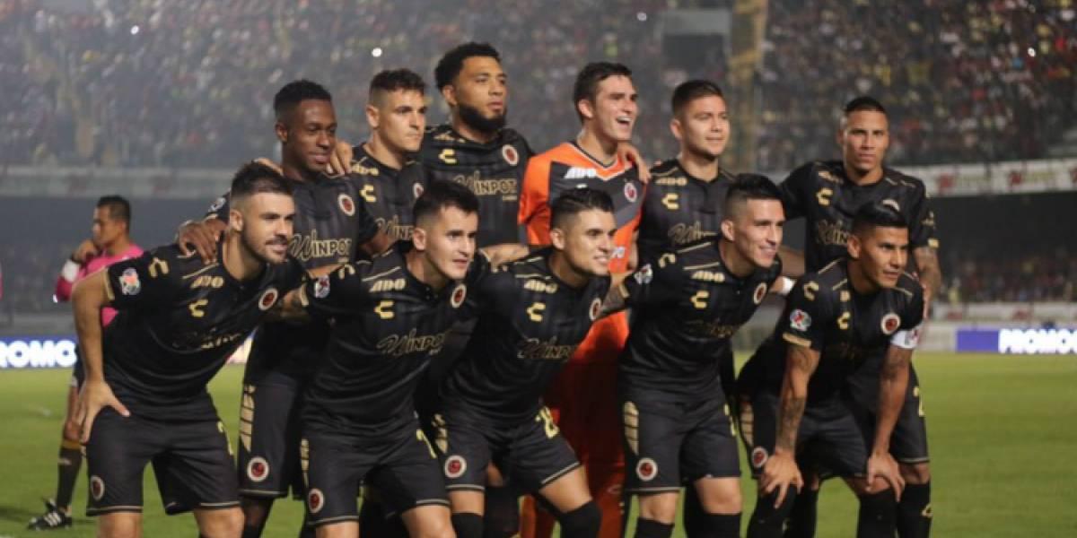 La insólita historia del club mexicano que descendió, no sumó puntos, pero podría mantenerse en Primera
