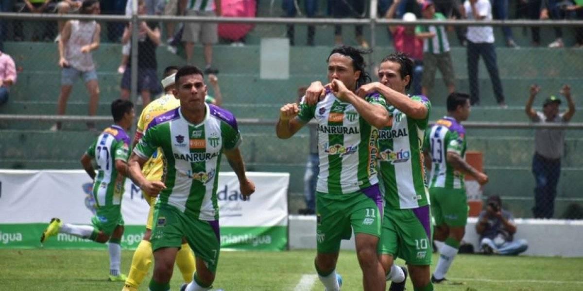 """Agustín """"el Tin"""" Herrera el hombre gol del futbol guatemalteco"""