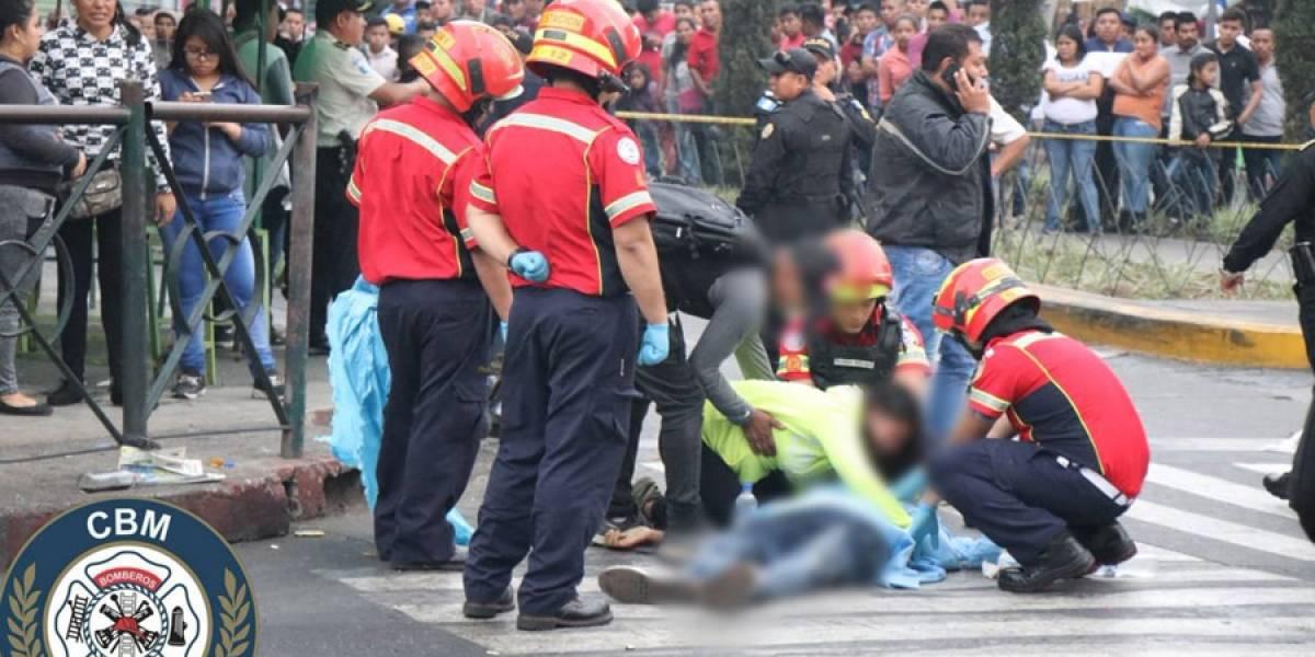 Un fallecido y dos heridos tras balacera en 18 calle de la zona 1