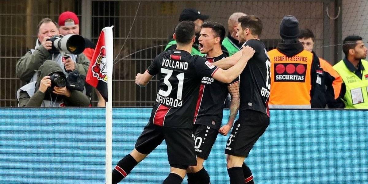 Gol y asistencias: Charles Aránguiz fue la figura en la goleada del Bayer Leverkusen